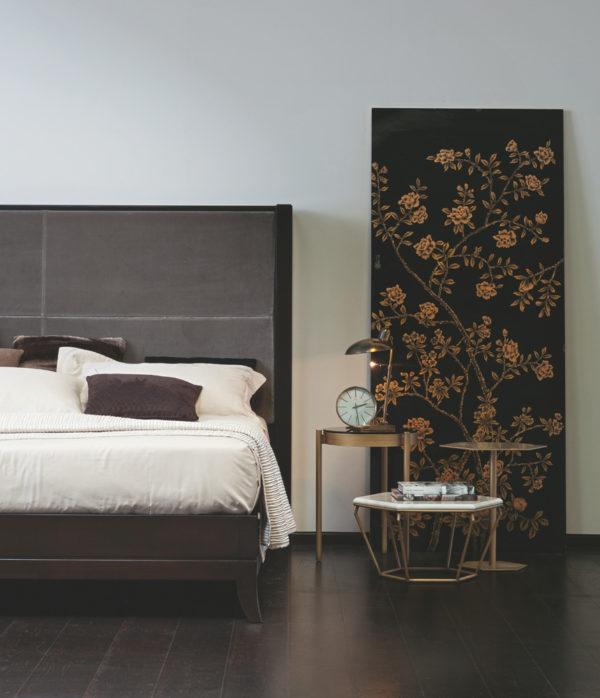 Selva downtown king bed headbord