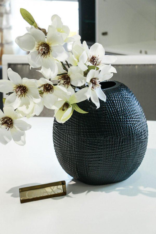 guaxs vase black