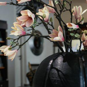 gobi black vase round