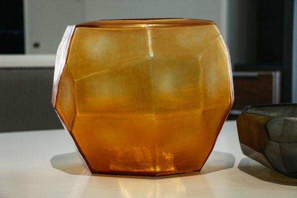 guaxs cubistic round gold