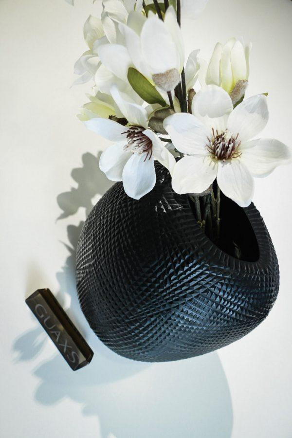 guaxs vase gournia black