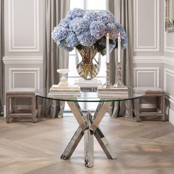 elegant TRIUMPH table Eichholtz