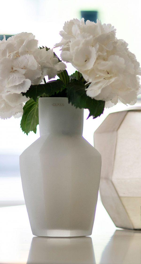 Designer vase GUAXS kahulu opal