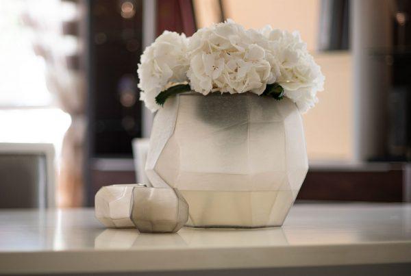 GUAXS deko cubistic smokegrey vases