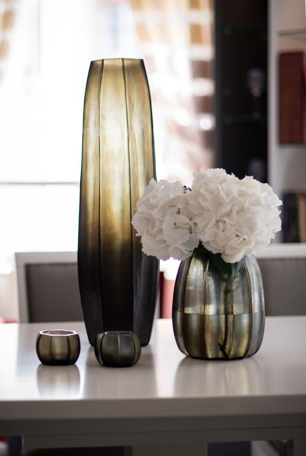 GUAXS glass vase smokegrey koonam collection